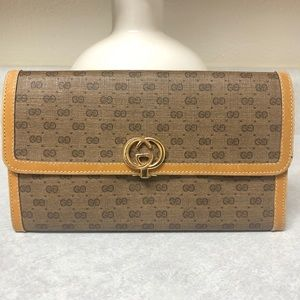 Vintage 😍GUCCI😍 Rare Large Wallet Clutch